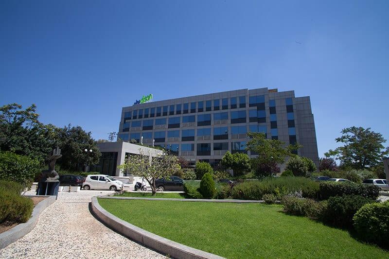 Sorou 8 Office Building
