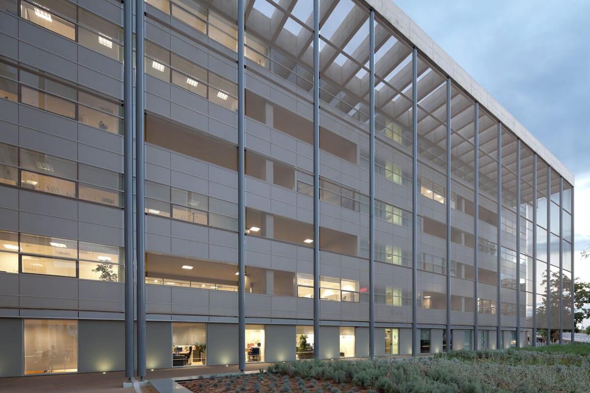 Tavros Office Building